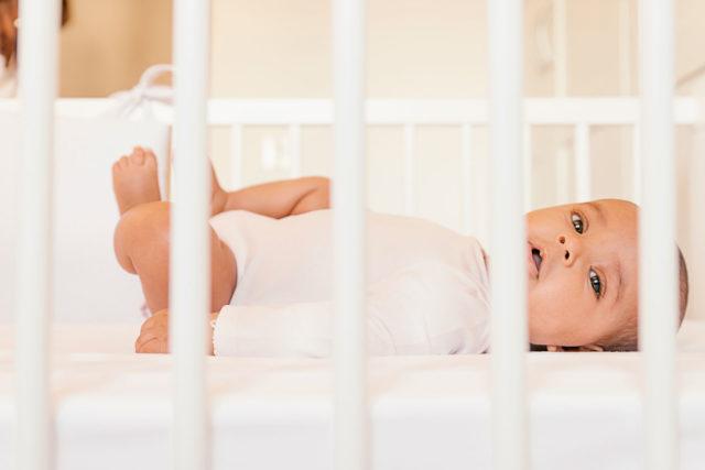 conseil pour acheter la meilleure barrière de lit bébé